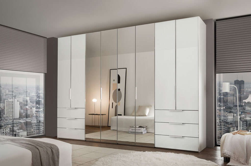 Kleerkasten en dressings Ponsaerts Meubelen wit spiegel